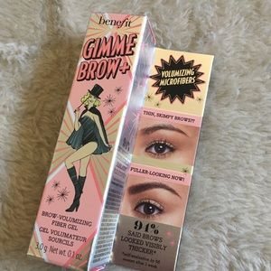 Benefit Gimme Brow Gel in Shade 5 BNIB